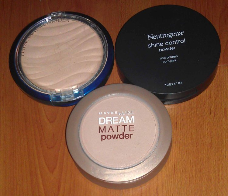 Physician's Formula Mineral Wear Talc-Free Airbrushing Pressed Powder SPF 30 (Used); Neutrogena Shine Control Powder (Used); Maybelline Dream Matte Face Powder (Used).
