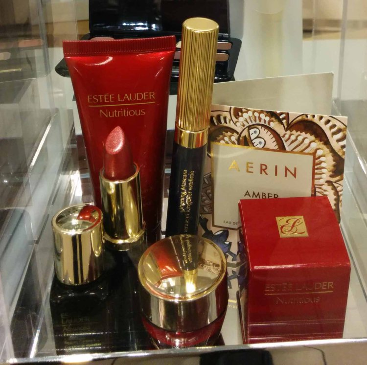 Estee Lauder. Gift with ~100 purchase. That's a full size mascara and lipstick, btw. ;)